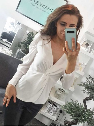 Front Knot Blouse - Ivory/White