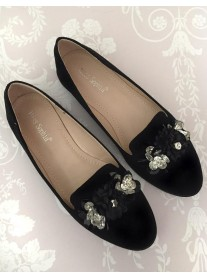 H05 - Black Flower Shoes