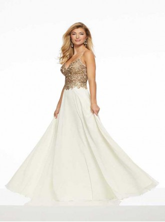 43074A - Ivory/Gold (Mori Lee)