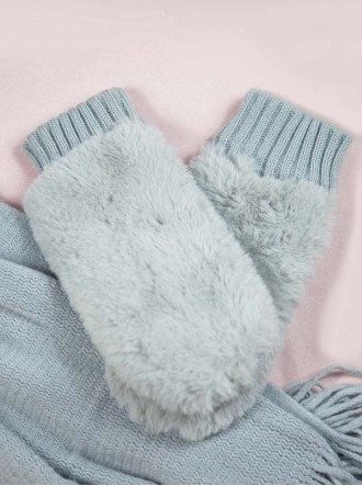 Faux Fur Mittens - Grey