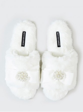 Anya Faux Fur Slippers - White