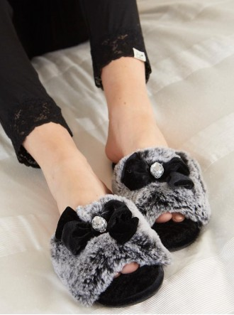 Cleo Faux Fur Slippers - Black
