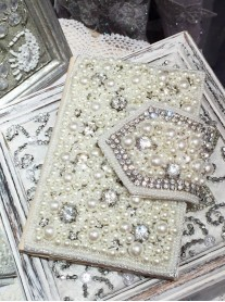 Cream Pearl & Crystal Credit Card Holder