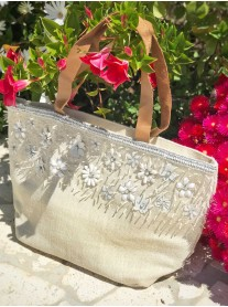 3D Daisy Embellished Tote Bag
