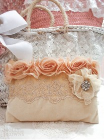 Vintage Style Cream Lace Cosmetic Bag