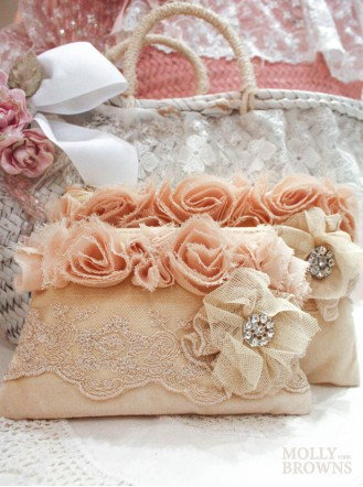 Small Vintage Style Cream Lace Cosmetic Bag