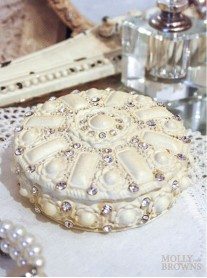 Cream & Diamante Trinket Box