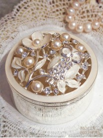Pearl Owl Trinket Box