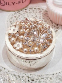 Pearl Butterfly Trinket Box