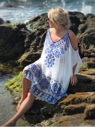 Antigua - Cold Shoulder Kaftan