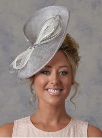 JB4 Cream/Navy Fascinator (J Bees)