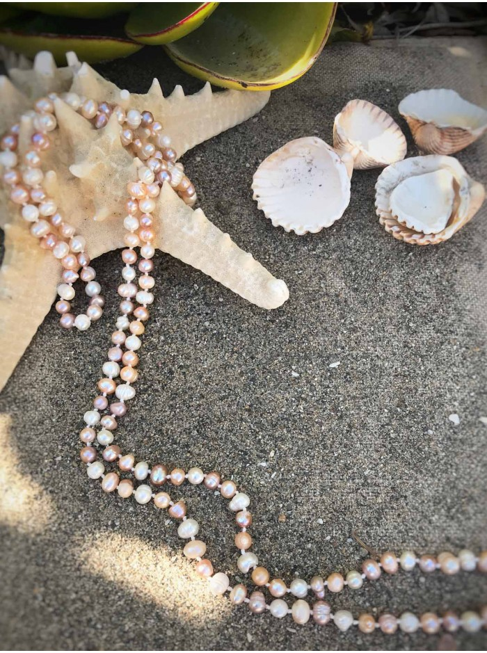 Sea Pearls Necklace - Pink