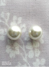Ivory Stud Pearl Earrings (12mm)