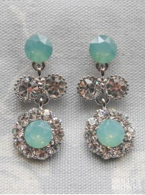 Large Daisy Mint Crystal Medium Drop Earrings