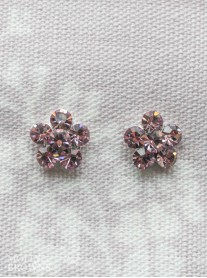 Small Daisy Light Amethyst Crystal Stud Earrings