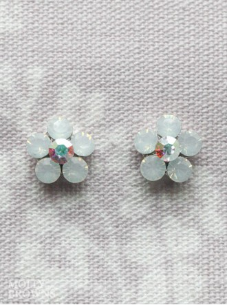 Small Daisy White Opal Crystal Stud Earrings