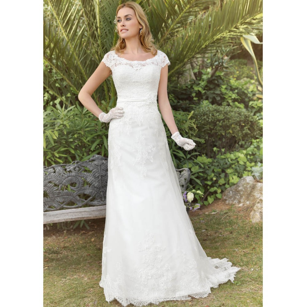 417000 wedding dresses ladybird wedding dress ivory for Ivory champagne wedding dress