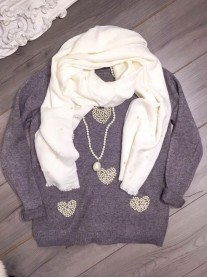 Heart Of Pearls Jumper - Grey