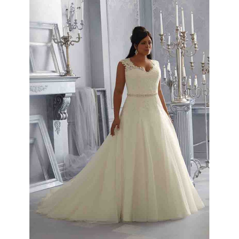 3162 wedding dresses mori lee wedding dress by molly for Mori lee discontinued wedding dresses