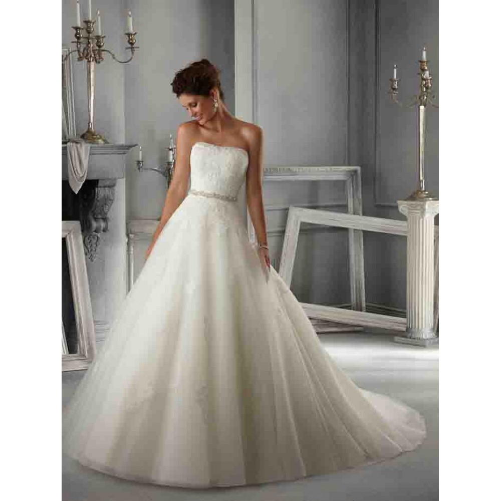 5263 wedding dresses mori lee wedding dress by molly for Mori lee discontinued wedding dresses