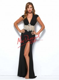 82228 - Black (Mac Duggal)