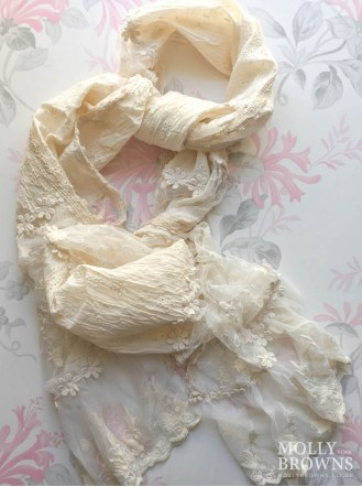 Textured Flower Scarf - Cream