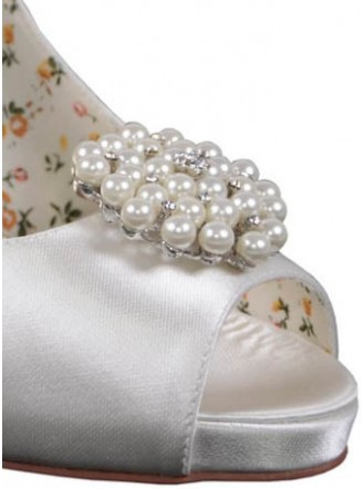 Guava diamonte and Pearl Shoe clips