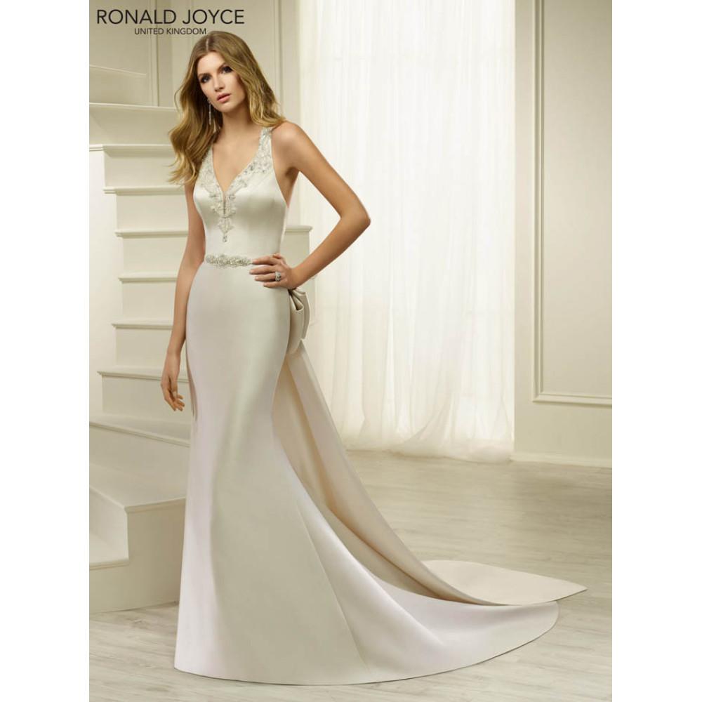 69255 Halona - Wedding Dresses - Ronald Joyce Wedding Dress by Molly ...
