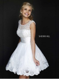 4302 - White (Sherri Hill)