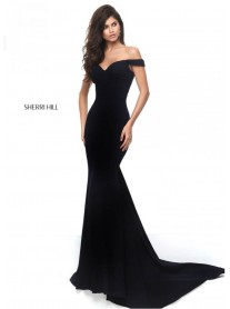 50730 - Black / Ivory (Sherri Hill)