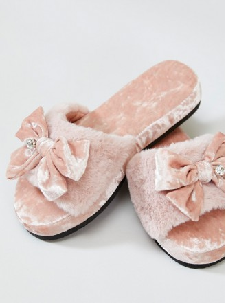Alexa Faux Fur Slippers - Pink