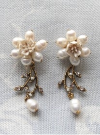 Diamante Beaded Gold Flower Earrings
