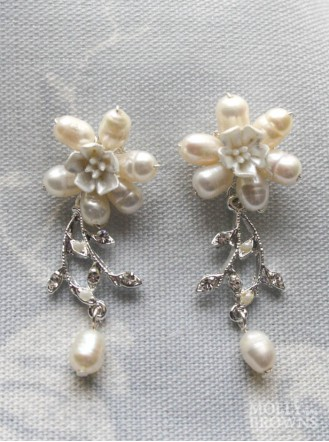 Diamante Beaded Silver Flower Earrings