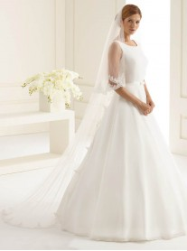 Wedding Veil X - Chapel Length & Lace (Ivory)