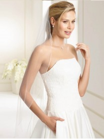 Wedding Veil J - Fingertip Length (Ivory)